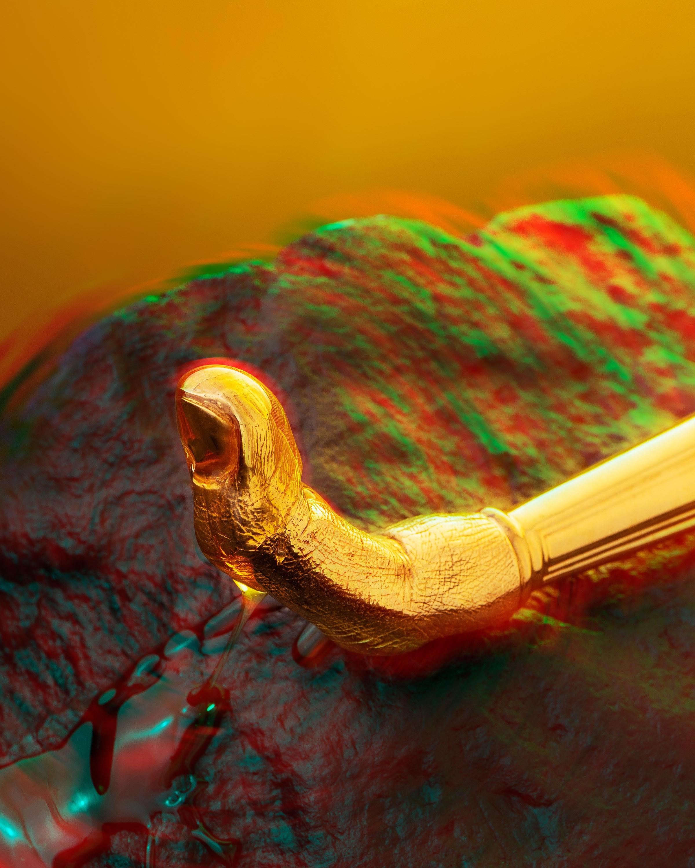 16 NZ Honey She Said 03 Finger Detail Var 2 CROP s RGB